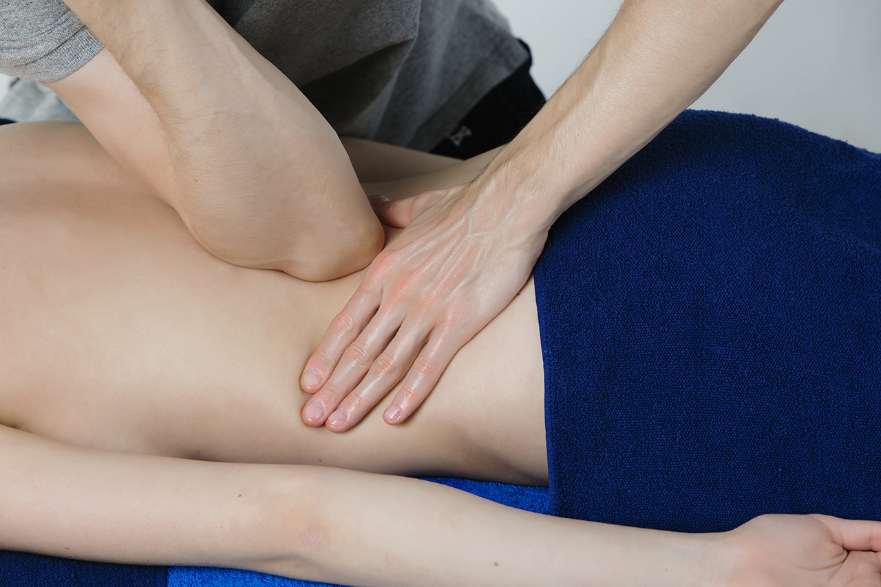 Deep_Tissue_massage_i_Stockholm